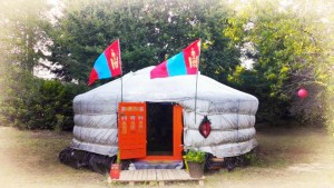 Venez découvrir Babouchka Grand mère Yourte Mongol à Mérignac (33)